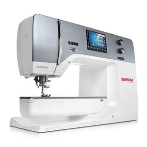 Bernina 740 (EX DISPLAY) Sewing Machine
