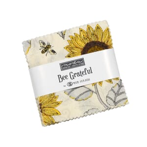 Moda Bee Grateful Mini Charm