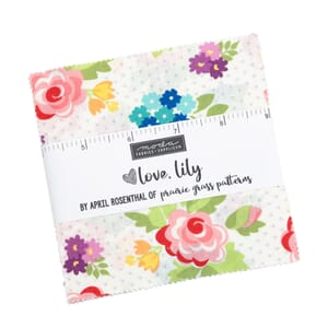 Moda Love Lily Charm Pack