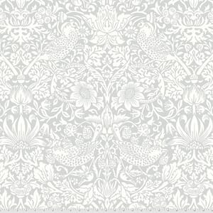 Morris & Co Hawkdale Quilt Backing Strawberry Thief Silver