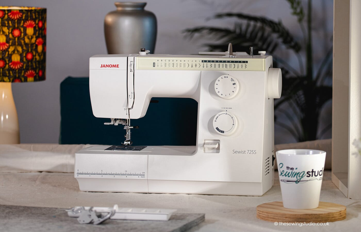 Janome 725s Sewing Machine in a Sewing Room